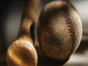 Postal: Pelota y bate de béisbol