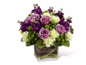 Jarrón con gran variedad de flores