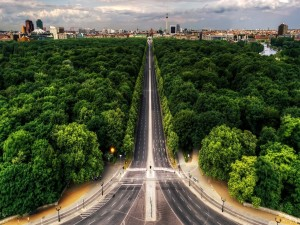 Gran carretera hacia la gran ciudad