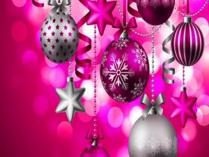Arreglo navideño con colores fucsias