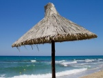 Sombrilla en una playa