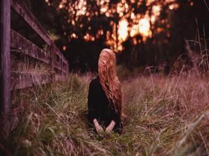Mujer en soledad