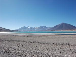 Preciosa vista de la Laguna Verde (Atacama, Chile)