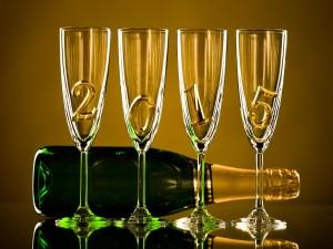 Postal: El Año Nuevo 2015 en copas de champán