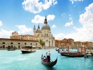 Paseando en góndola por Venecia