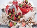 Fresas y moras para hacer una rica tarta