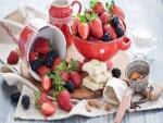 Frutas rojas, chocolate blanco y almendras