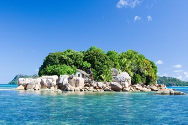 Cabaña en una isla