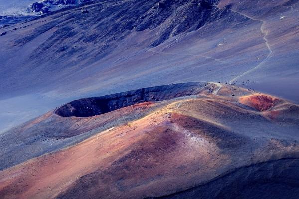 Sendero al cráter del Haleakala (Maui, Hawái)