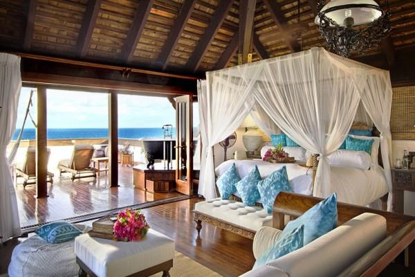 Casa junto al mar