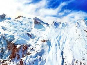 Postal: Blanca nieve sobre las montañas