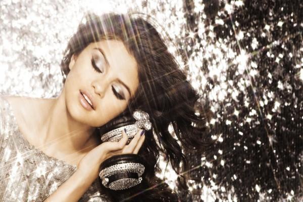 La brillante Selena Gomez