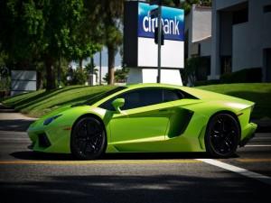 Postal: Lamborghini verde