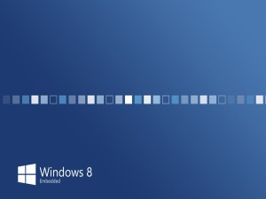 Postal: Windows 8 en fondo azul