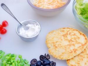 Tortillas, quesos y vegetales