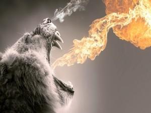 Postal: Animal rugiendo llamas