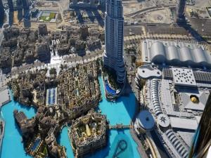 El factuoso Burj Khalifa (Dubái)