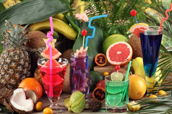 Exquisitos cócteles de frutas