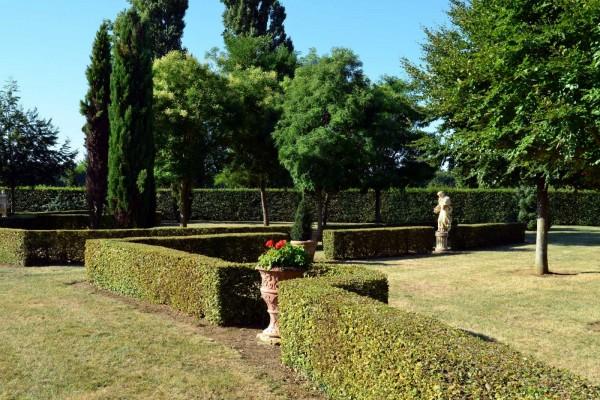Jardín del castillo de Bois de Sanzay