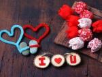 Mensaje y flores de tela para el Día de San Valentín