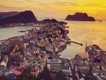 Preciosas vistas de Alesund, Noruega