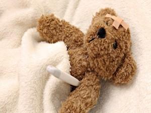 Postal: Un oso de peluche enfermo