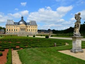 Postal: Castillo de Vaux-le-Vicomte (Francia)
