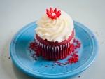 Un cupcake red velvet