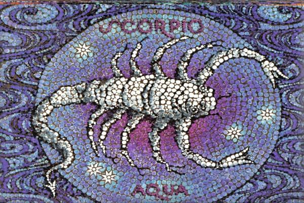 Mosaico de Escorpión, elemento Agua