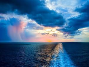 Postal: Estela de un barco en el océano