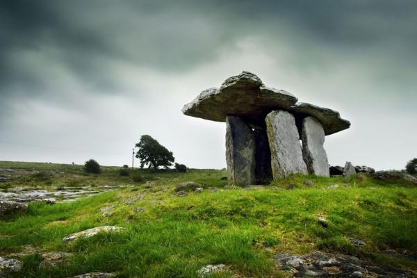 Dolmen de Poulnabrone (Irlanda)