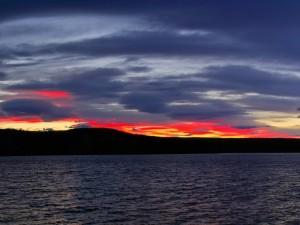 Postal: Amanecer entre las nubes