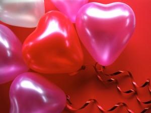 Postal: Globos de corazón para regalar el Día de San Valentín