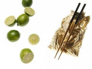 Fideos orientales y limas