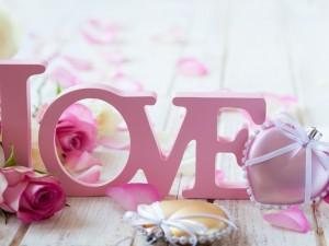Postal: Elementos decorativos para el Día de San Valentín