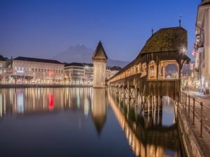 Postal: Noche en Lucerna (Suiza)