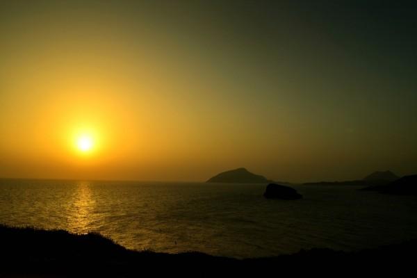 Puesta de sol en el mar Egeo (Grecia)