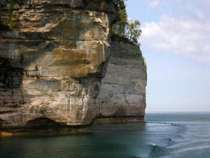 Acantilado visto desde el mar