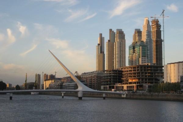 Puente de la Mujer (Buenos Aires, Argentina)