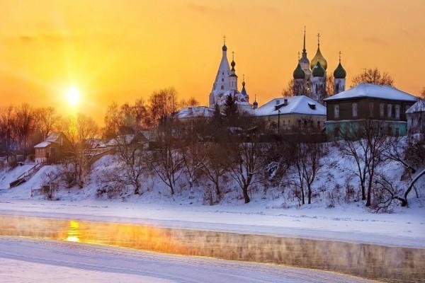 Invierno blanco en una ciudad