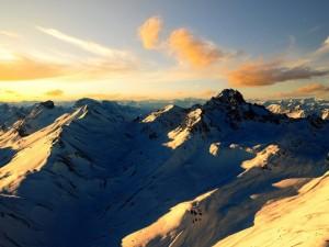 Hermosa vista de los Alpes suizos