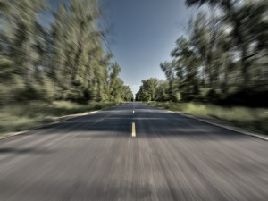 Postal: Viajando por una carretera