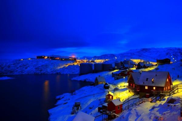 Noche fría de invierno en Noruega