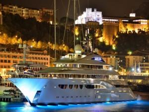 Postal: Yate en Monte Carlo