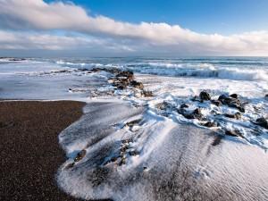 Postal: Olas en una playa