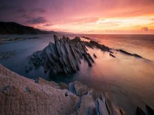 Postal: Rocas en el mar