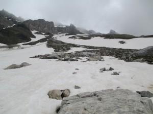 Postal: Paisaje pedregoso cubierto de nieve