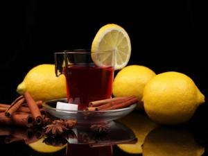 Té con limón y canela