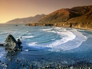 Postal: Mar junto a la costa