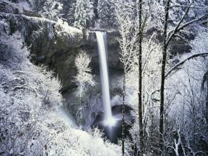 Postal: Cascada en invierno